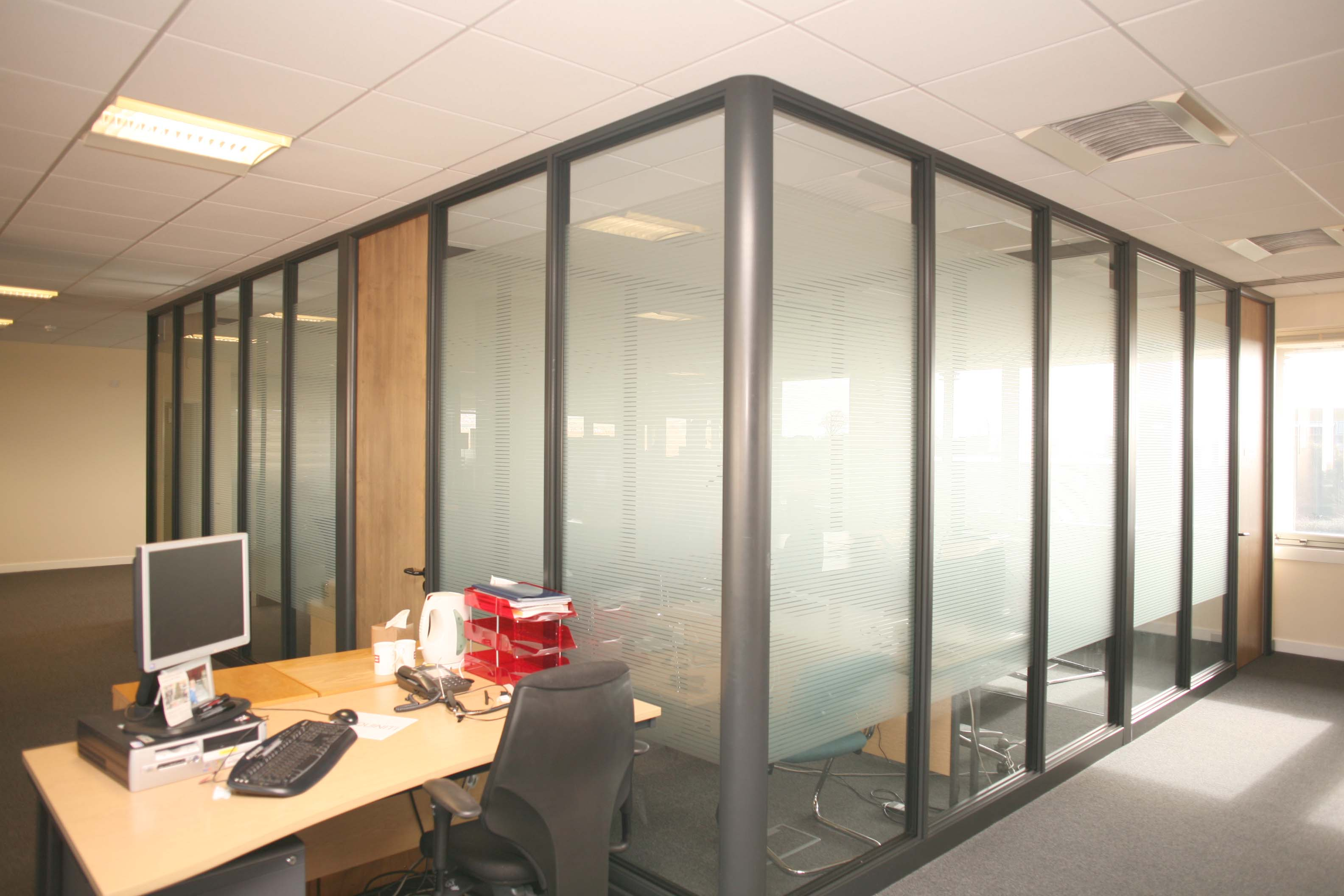 office partitions glass partitions brighton hove horsham sussex